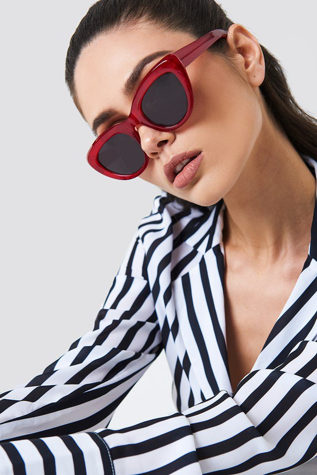 nakd_cat_eye_sunglasses_1015-000436-0004_02l_r1
